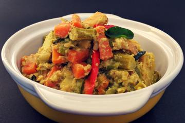 Avial (Aviyal/Kerala Mixed Vegetable Curry)