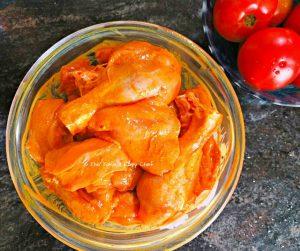 Chicken kept to marinate