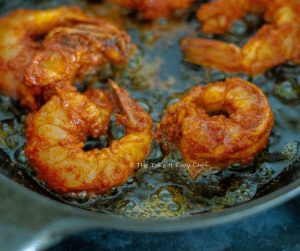 Chilli Fried Prawns Steps - Frying the prawns