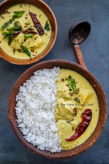 Mambazha Pulissery Main Image of the Kerala Ripe Mango Curry